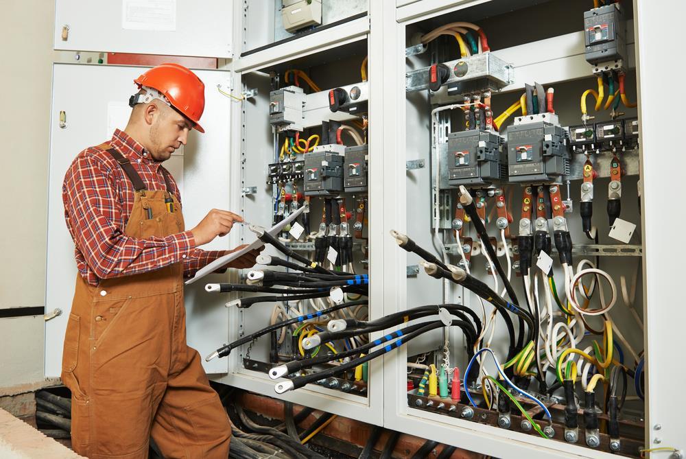Elétrica industrial: Como encontrar uma prestadora de serviço